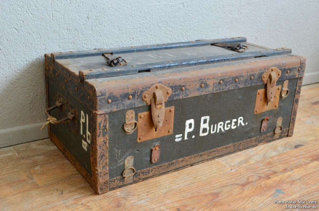 Malle p burger l 39 atelier belle lurette r novation de meubles vintage - Renovation malle ancienne ...