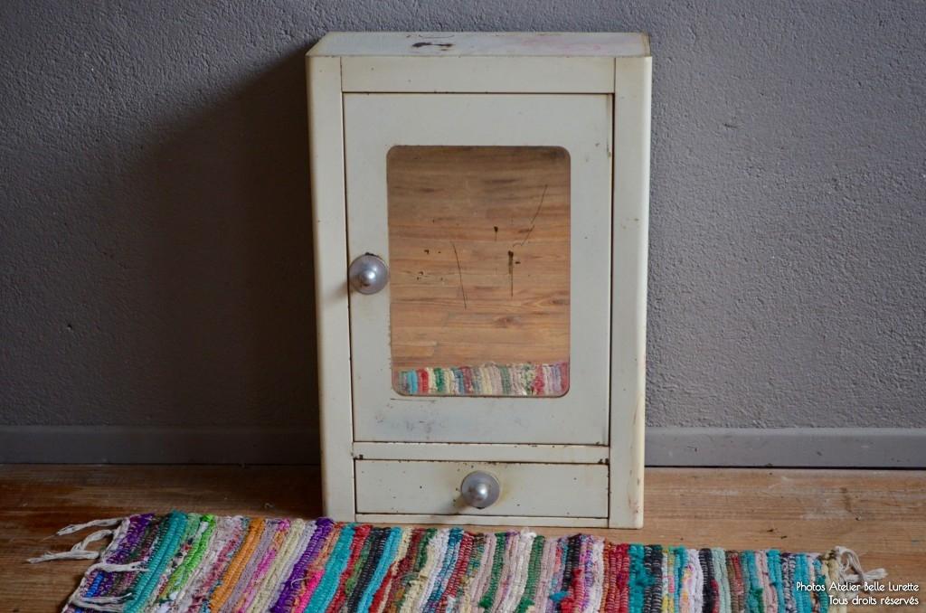 meuble de pharmacie ciana l 39 atelier belle lurette r novation de meubles vintage. Black Bedroom Furniture Sets. Home Design Ideas