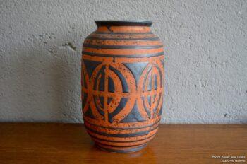 Vase années 60 soixante vintage flower vase art germany design allemand rouge noir signé