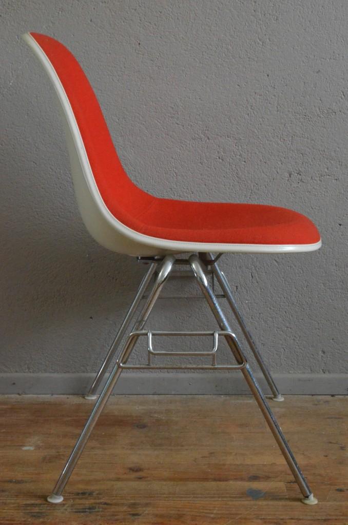 Fabulous Chaises Charles Ray Eames Dsx Plastic Chair Tapise Rouge Grise Pitement Chrom Annes Coque With Chaise Fibre De Verre
