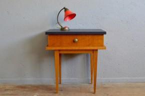 Chevet guéridon bout de canapé vintage rétro années 60 moderniste piétement fuseau antic french furniture bedside table midcentury