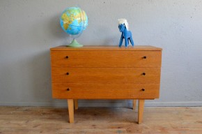 Commode vintage rétro pieds fuseau scandinave moderniste années 60 antoc chest of drawers french furniture midcentury sixties scandinavian design