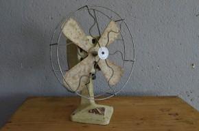 Ventilateur Calor Cialrus atelier garage indus électroménager vintage rétro années 50 antic french fan