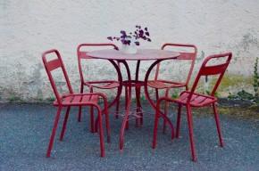 Salon de jardin métal rouge années 50 vintage rétro bohème champêtre antic garden furniture french design midcentury bohemian deco Tolix