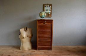 Meuble d'administration armoire à rideau années 50 vintage rétro meuble de métier trieur antic furniture french deco midcentury