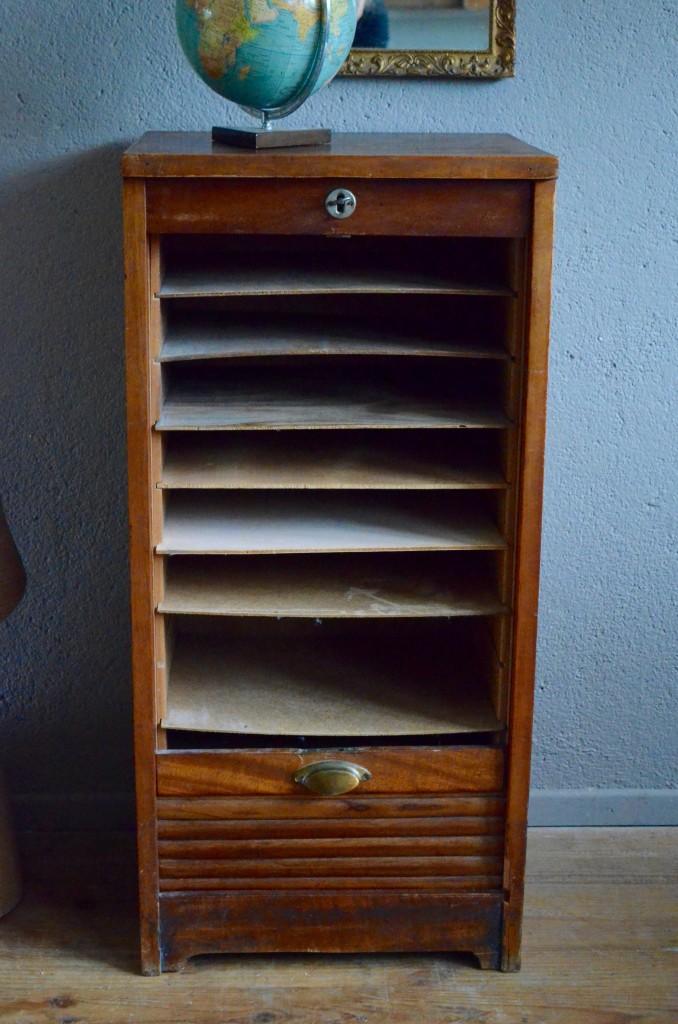 meuble rideau romaric l 39 atelier belle lurette r novation de meubles vintage. Black Bedroom Furniture Sets. Home Design Ideas