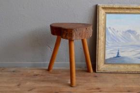 Tabouret rustique primitif wabi sabi vintage ferme chalet boho chevet guéridon tripode chalet Charlotte Perriand antic wooden stool