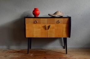 Chevet mini enfilade vintage rétro rockabilly années 60 petit meuble