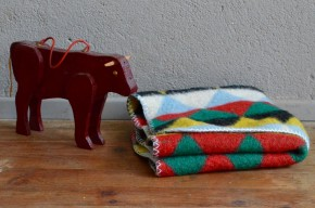 Couverture bébé en laine rétro vintage années 70 scandinave coloré danish wool baby blanket