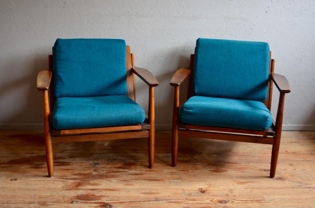 fluidits et sobrits des lignes des matriaux simples mis en valeur par un travail essentiel. Black Bedroom Furniture Sets. Home Design Ideas