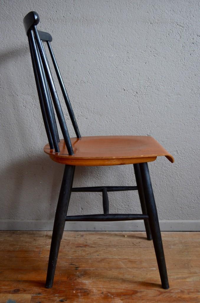 paire de chaises uma l 39 atelier belle lurette r novation de meubles vintage. Black Bedroom Furniture Sets. Home Design Ideas