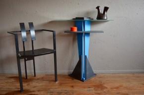 Console Memphis desserte meuble tablette année 80 italienne bleu noir style Ettore Sottsass Marco Zanini Martine Bedin George J. Sowden design