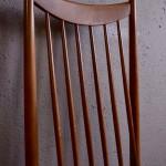 Chaise valet de chambre vintage chateau haute et originale style vintage moderniste français servante porte vêtement