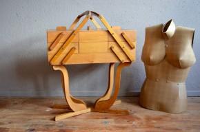 Travailleuse boiîte à couture trucot bricolage vintage rétro art déco noyer antic french furniture sewing box craft organizer années 40 midcentury