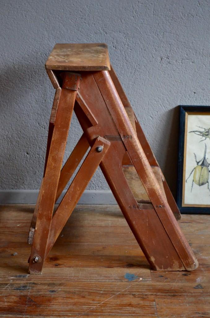 marchepied yann l 39 atelier belle lurette r novation de meubles vintage. Black Bedroom Furniture Sets. Home Design Ideas