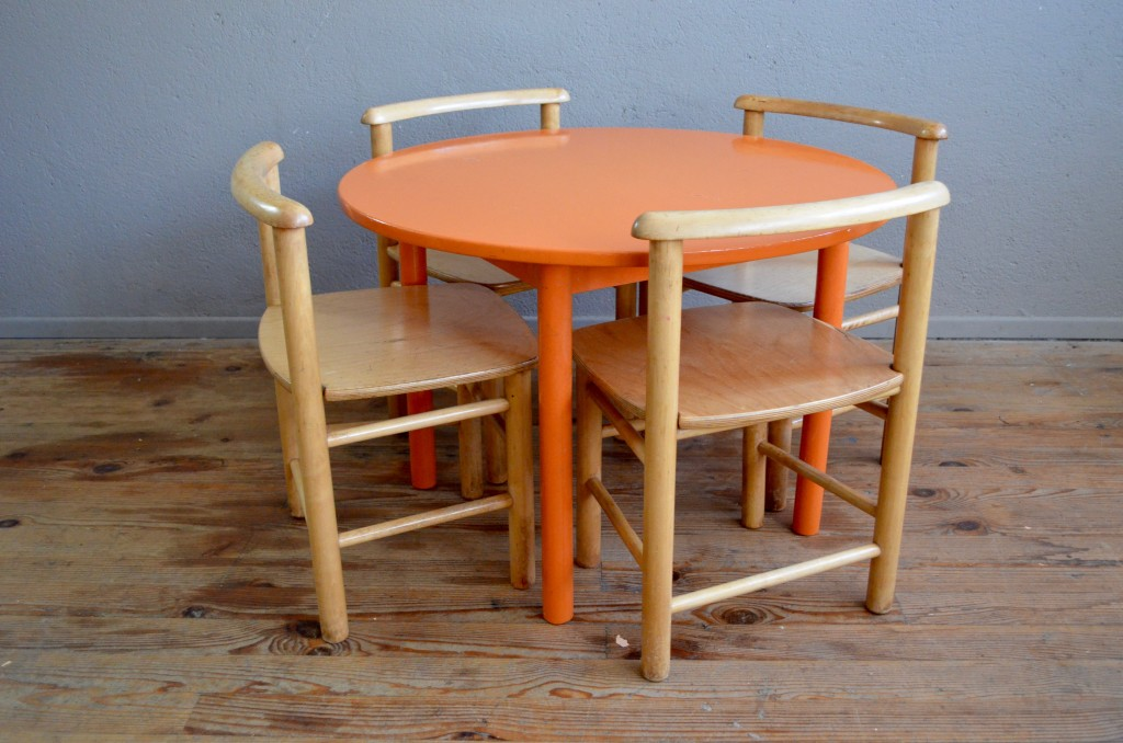 Table & chaises Charlton
