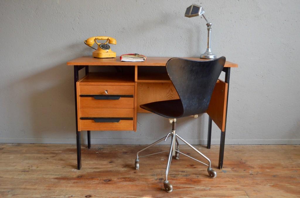 Bureau sébastien l atelier belle lurette rénovation de meubles