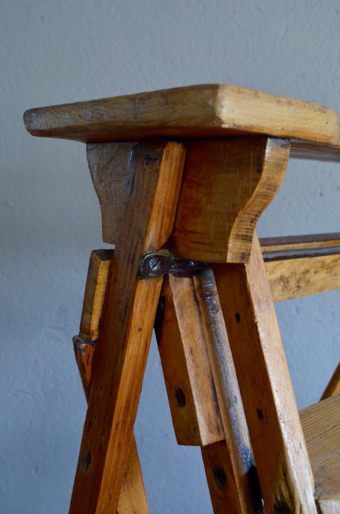 escabeau largo l 39 atelier belle lurette r novation de meubles vintage. Black Bedroom Furniture Sets. Home Design Ideas
