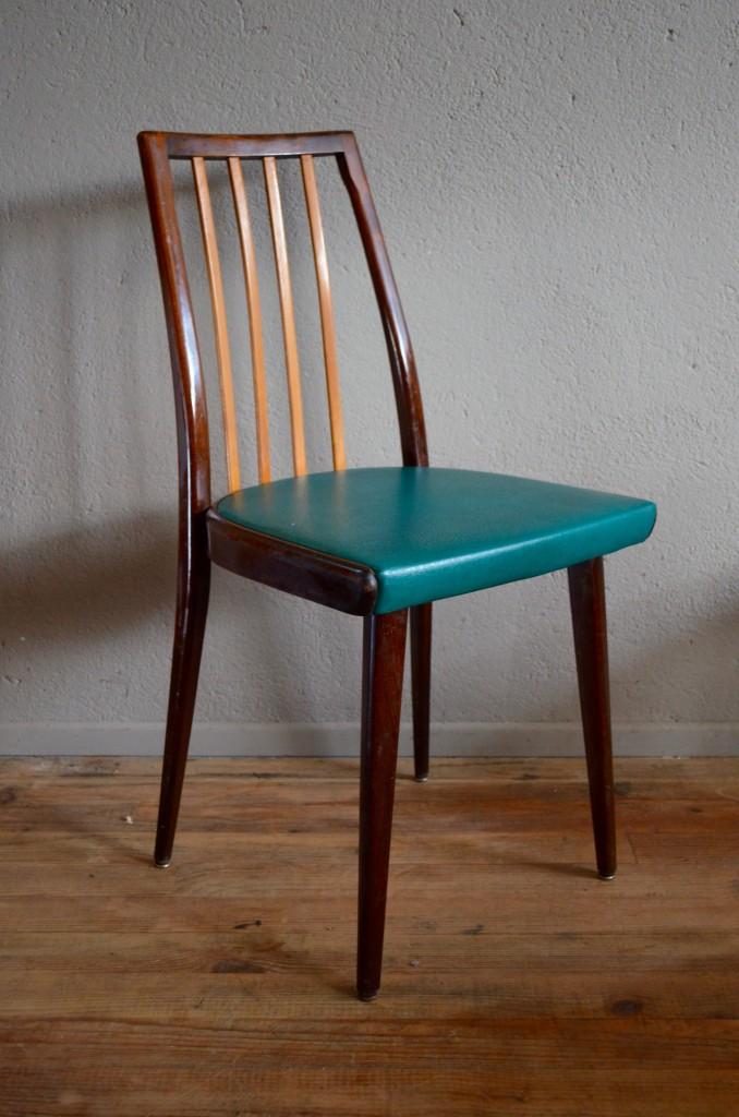 chaises camille l 39 atelier belle lurette r novation de meubles vintage. Black Bedroom Furniture Sets. Home Design Ideas