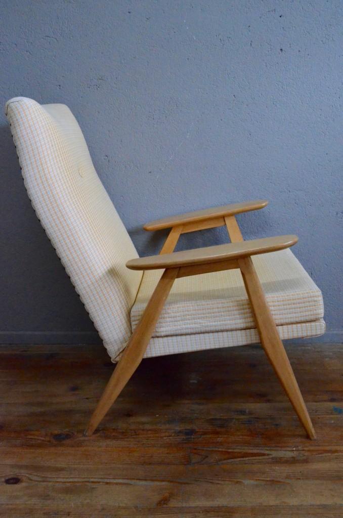 Fauteuil pierre guariche sk640 l 39 atelier belle lurette for Habitat minimaliste