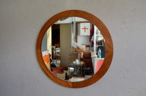 Miroir rond en teck vintage rétro années 60 scandinave sixties minimaliste géométrique sixties design furniture