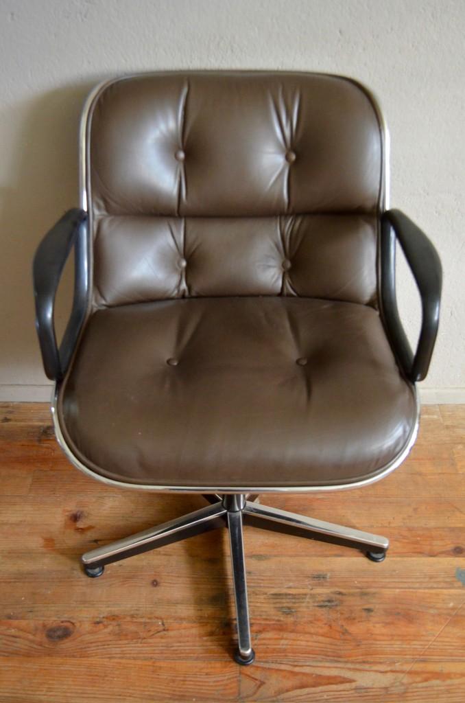 Fauteuil de bureau Pollock pour Knoll L'atelier Belle Lurette, Rénovation de meubles vintage