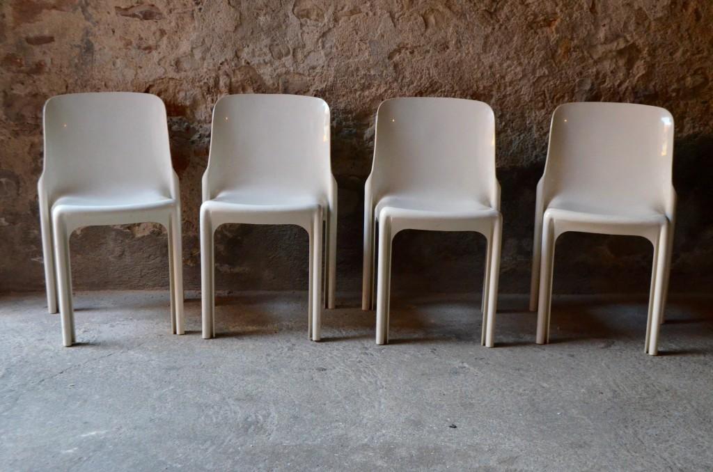 Chaises Sélène par Vico Magistretti