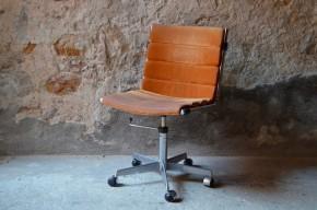 Chaise de bureau pivotant fauteuil design pied étoile roulette cuir retourné métal