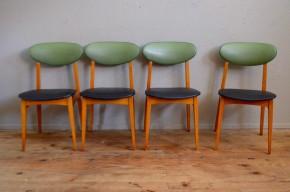 Nous sommes fans des belles séries de chaises rétro alliant bois et skaï, mais cet ensemble de 4 chaises a un petit truc en plus qui donne un goût particulier à la trouvaille! Est-ce parce que les lignes de Pierre Guariche nous touchent particulièrement? la finesse et la simplicité des lignes? L'originalité des vinyles dépareillés? Ou juste la joie de vous proposer cette belle série de chaises rétro des années 60... Vous nous direz!