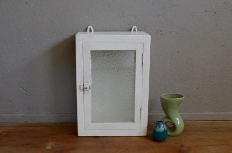 Armoire de salle de bain  pharmacie vintage rétro shabby chic blanche patinée verre imprimé nuage ancienne rétro