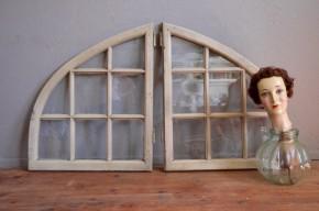 Fenêtres paire imposte bois anciennes bohèmes porche récupération vintage voûte quart de rond