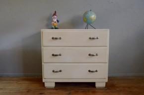 Commode ancienne 3 tiroirs peinture crème mobilier ancien vintage chambre enfant shabby chic bohème boho