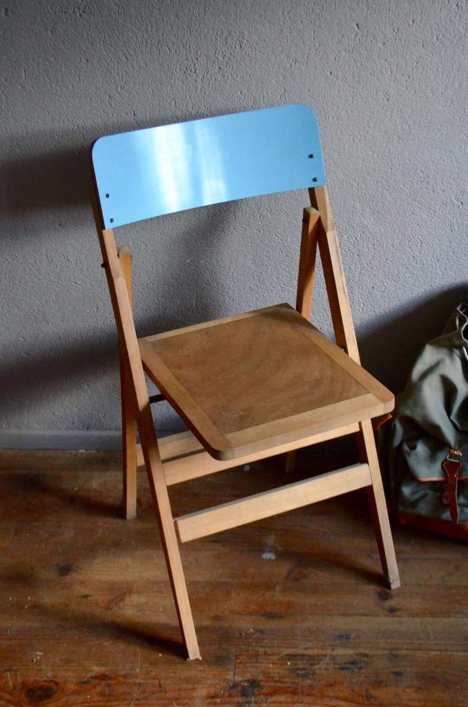 Chaises Pliantes En Bois Vintage Formica Bleu Pieds Compas Moderniste Midcentury