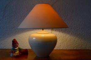 Lampe de table luminaire design François Chatain années 70 céramique blanche craquelée coquille d'oeuf