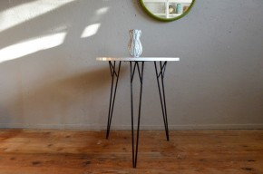 Guéridon table d'appoint ronde piétement eiffel épingle pin legs seventies ronde bout de canapé seventies coffee table side table