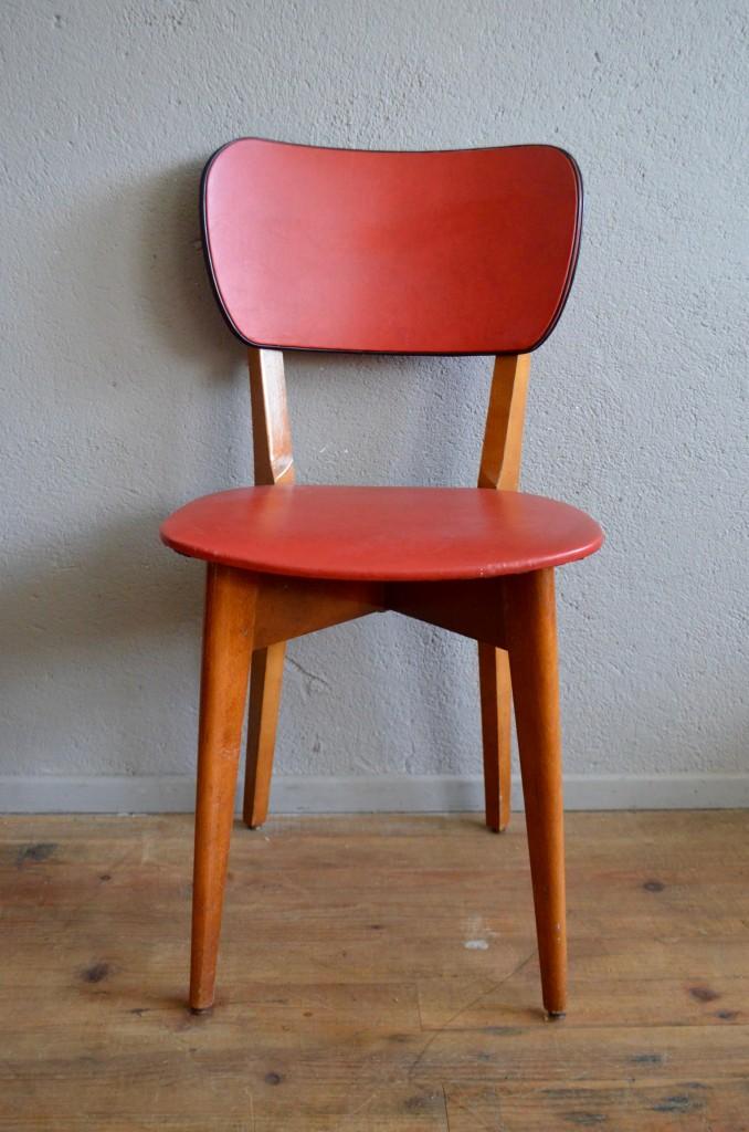 chaises m lusine l 39 atelier belle lurette r novation de meubles vintage. Black Bedroom Furniture Sets. Home Design Ideas