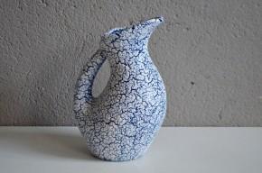 Vase à anse pichet années 60 70 fat lava craquelé céramique décoration bicolore bleu blanc