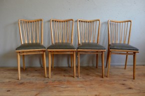 Chaises vintage rétro design années 60 skaï scandinave sixties style Charles Ramos simili cuir série de 4