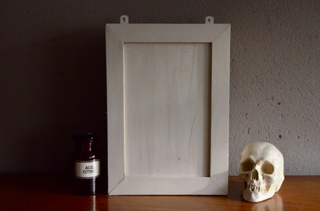 Pharmacie meuble de salle de bain petite armoire vintage blanche en bois patiné bohème