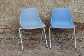Chaise design polyprop de robin day bleue ciel emplilables Hille Airborne vintage 1960 organique chaise coque