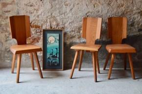 Le dessin de ce référence au mobilier traditionnel voire rustique, la chaise S28 imaginée par le designer Pierre Chapo est minimaliste, jouant sur la matière brute et la sobriété des lignes. En orme massif, elle présente un large dossier plein doté d'une simple encoche pour faciliter sa manipulation.  On retrouve là ce qu'on affectionne tant chez Chapo : l'originalité des assemblages, la beauté des matières... et un grain particulier reconnaissable entre 1000!