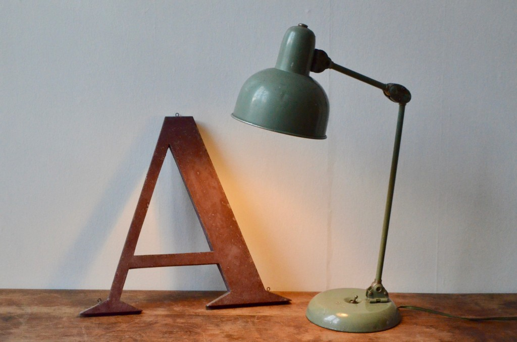 Lampe d'atelier Ophélie L'atelier Belle Lurette, Rénovation de meubles vintage