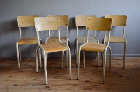 Chaises 4 lot série look indus garage école bistrot bar brasserie emplilable tube métal blanc et contreplaqué