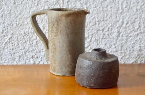 Poterie grès argile terre cuite wabi sabi artisanat art vase cruche brutaliste atelier céramique antic set of sandstone potery french deco primitive items