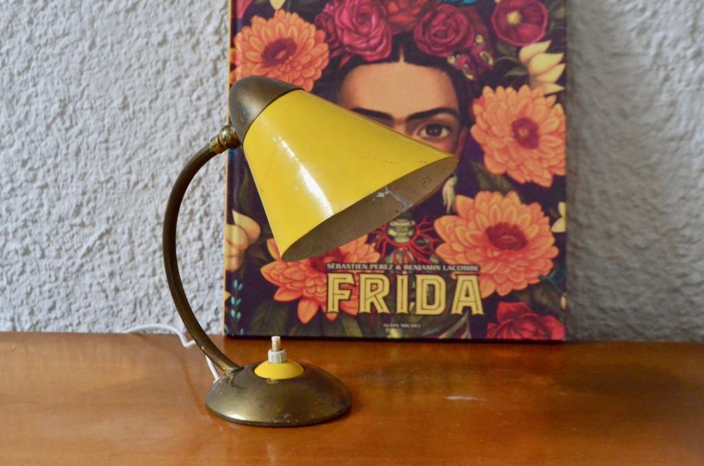 Lampe jaune Micheline
