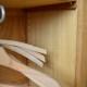 Armoire bois vintage rétro enfant petite armoire parisienne penderie dressing bonnetière années 50 pieds compas kid wooden wardrobe midcentury