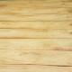 Authenticité et douce simplicité riment avec cette table de drapier de toute beauté. La grande sobriété de ses lignes nous touche et fait chavirer les cœurs. Le piétement en bois massif est simple et élégant, ses entretoises lui assurent une grande stabilité mais surtout, rappellent ses origines de meuble de métier. Plus clair et lumineux, le grand plateau de planches brutes contraste merveilleusement et apporte une touche rustique et bohème toute douce. Nous imaginons cette grande table dans une cuisine ou un vaste salon, en tant que console, comptoir, ou grand plan à bricoler... Peu importe ses nouvelles fonctions, voilà un produit qui a une sacrée présence!