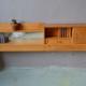 Cosy ou tête de lit moderniste des années cinquante en bois clair idéal pour chambre déco