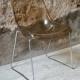 Paire de chaise en Perspex année soixante dix design space age plexyglas et pietement chriome