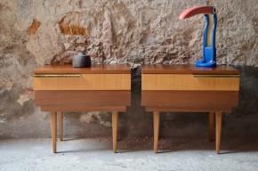 Paire de chevets vintage rétro années 60 bois et laiton minimaliste sixties bicolore bedside table